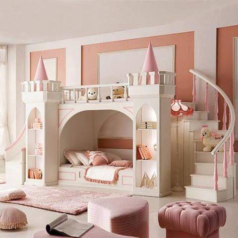 dormitor copii castel