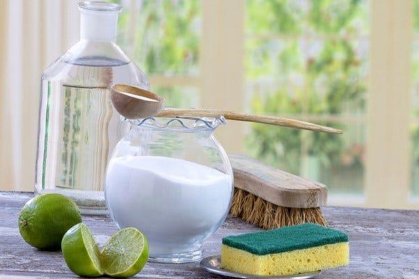 solutii naturale de curatat